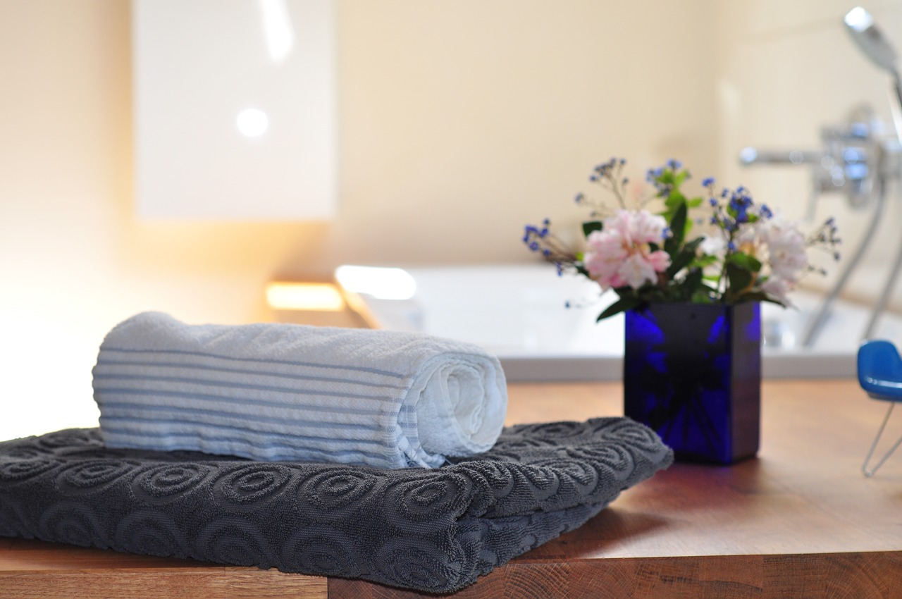 Guest Ready: How to Switch from Family to Guest Bathroom in a Flash