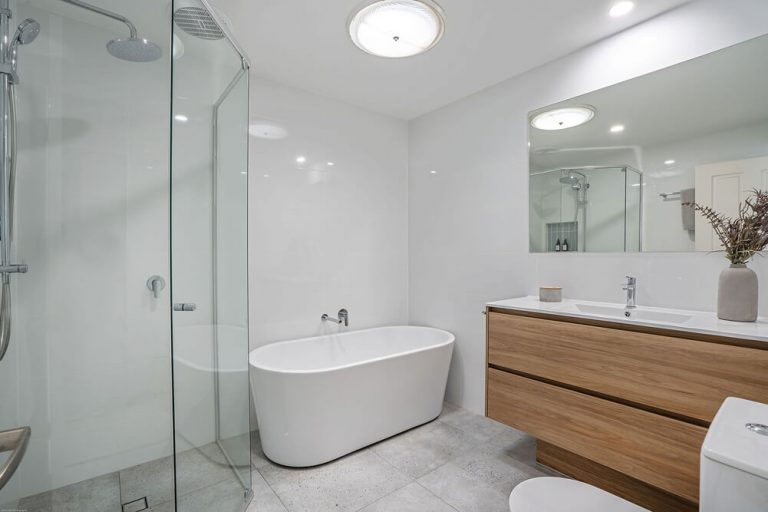 Currumbin Bathroom Renovations 6735
