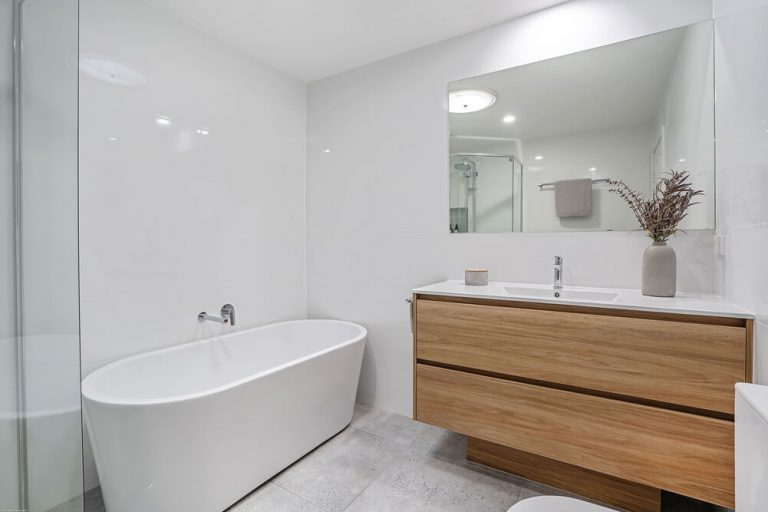 Currumbin Bathroom Renovations 6746
