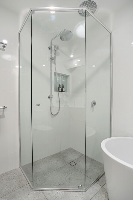 Currumbin Bathroom Renovations 6763