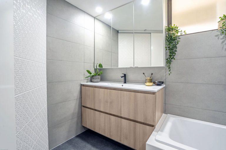 main beach bathroom renovation