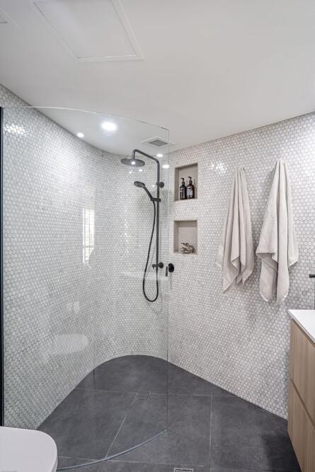 walk in shower bathroom renovation