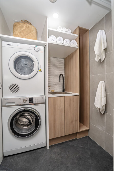 Main Beach Laundry Renovations 8200